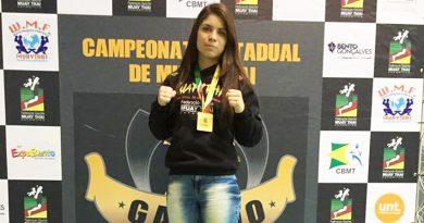 Kerolyn Barros é Tricampeã Gaúcha de Muay Thai