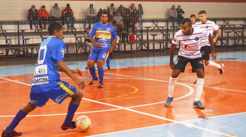 Alargato x Millionarios um jogo de 17 gols