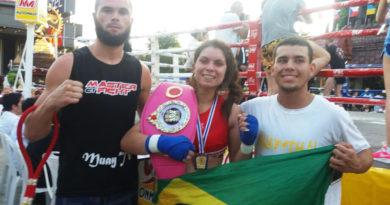 Kerolyn Barros campeã mundial de Muay Thai