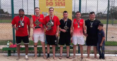 AGCO campeã no vôlei dupla masculino do Sesi