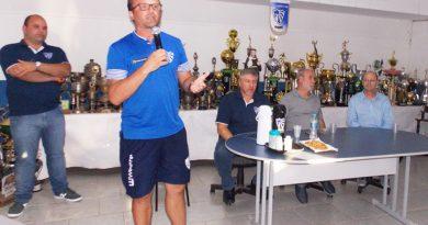 Cruzeiro perde mais uma e demite o treinador