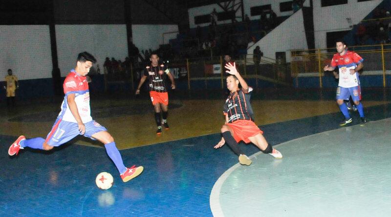 Quadras esportivas liberadas em Cachoeirinha