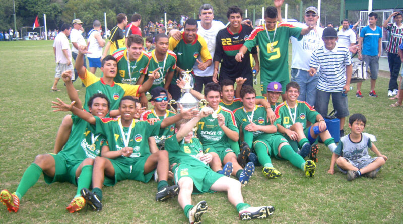 RELEMBRANDO 2012 – Vila Elisa campeã Sub 18